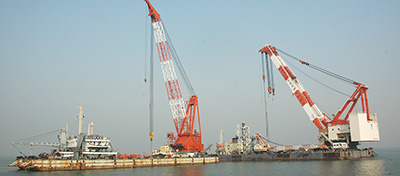 Wreck removal by pontoons ——Wreck removal of ORIENTAL SUNRISE in 2011
